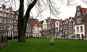 Amsterdam_beguinage_201